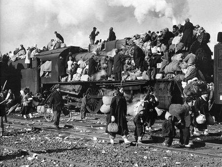 Savaştan kaçan Koreli siviller
